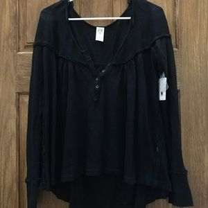 FREE PEOPLE black long sleeve WITH TAGS Size M